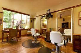 Spa and Salon in Wanwadi Pune
